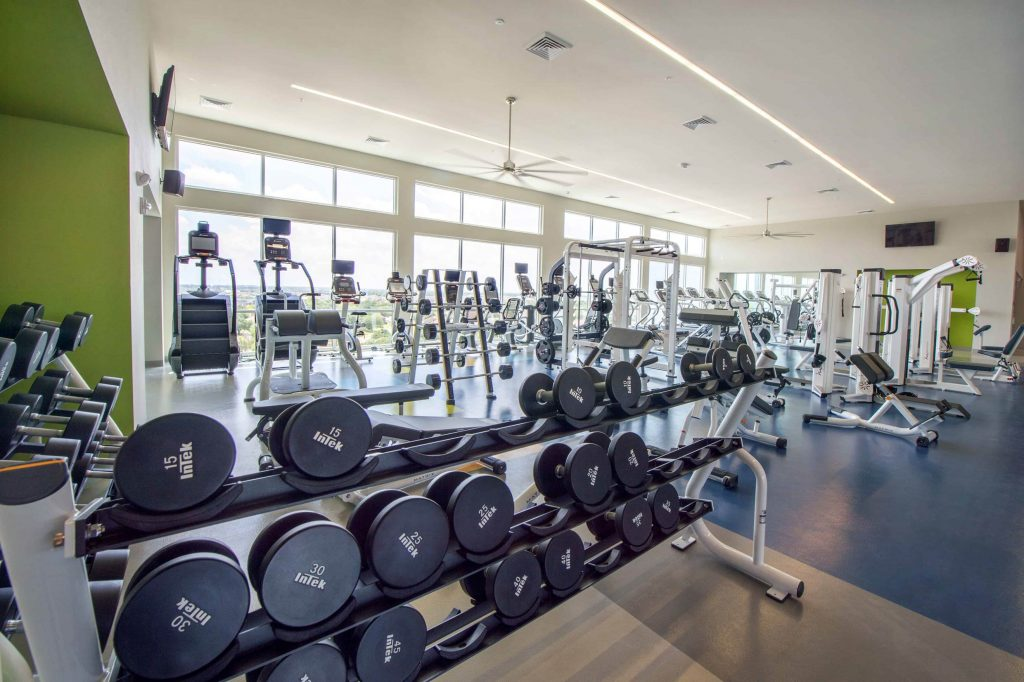 Free weights in college fitness center